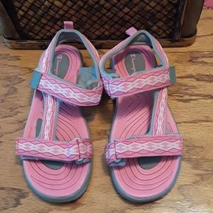 Size 4 champion sandles